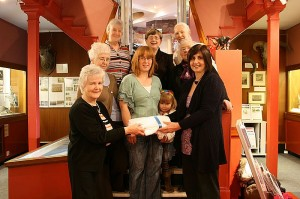 Dumfries knitting group Click and Talk who meet at Dumfries Museum,  very kindly knitted and donated 24 beautiful blankets for our memory boxes. Susan and Dee went along to the group to receive the blankets and thank them for all their hard work.