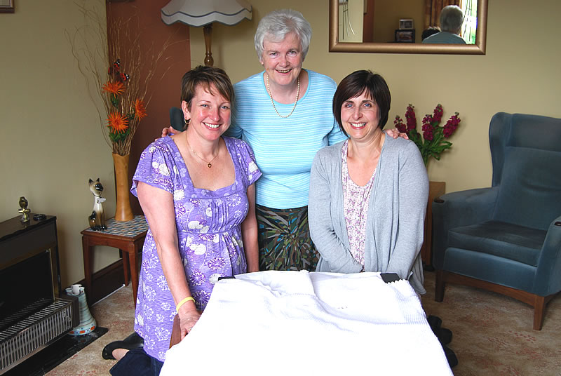Alison, Susan & Sheena with the new shawls for the DG SANDS memory Boxes.